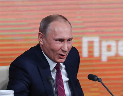 """特朗普感谢普京在记者会上""""点赞""""美国经济"""