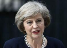 """工党要求对首相本人不信任投票,特雷莎·梅再迎战""""至暗时刻"""""""