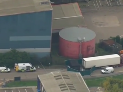 英国卡车内现39具遗体 警方:卡车来自保加利亚