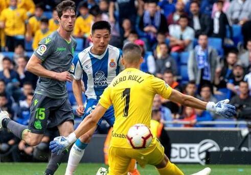 武磊锁定胜局 西班牙人获欧联杯资格赛名额