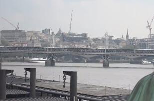 英国伦敦发生5起暴力事件 造成3死3伤14人被逮捕