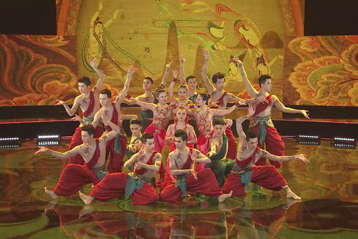 深圳卫视《起舞吧!齐舞》 敦煌齐舞美炸了