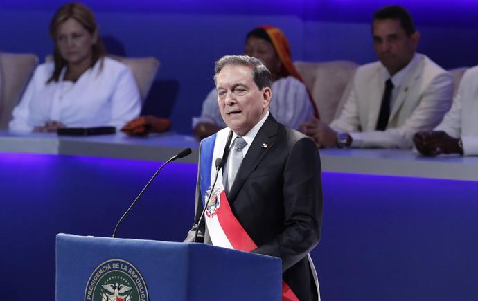巴拿馬新總統宣誓就職
