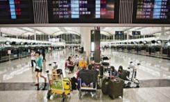 香港交通瘫痪:机场超170架航班取消 港铁多条线停运