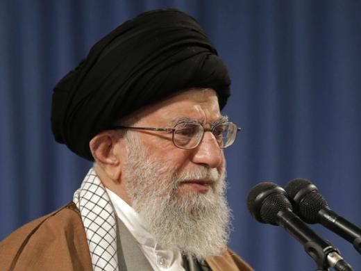 通讯:承受制裁重压 伊朗民生益艰