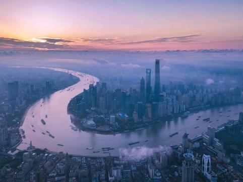 """國務院批復同意上海市浦東新區開展""""一業一證""""改革試點"""