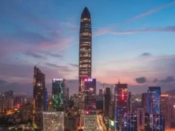 深圳:更有温度更有力度更加全面地保护关心爱护好疫情防控一线医务人员