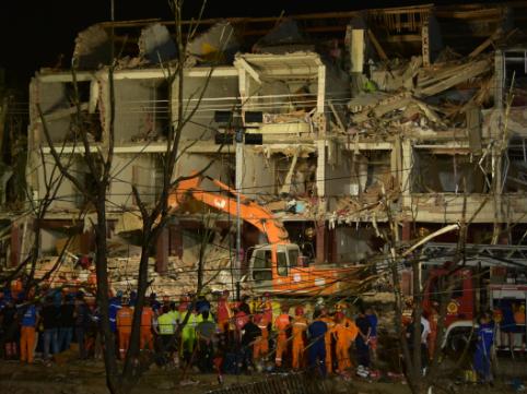 國務院安委會對溫嶺槽罐車爆炸事故查處實行掛牌督辦