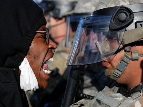 明尼苏达州国民警卫队发言人:1名队员感染新冠,另有9人出现症状