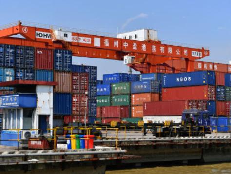 7月份我国出口同比增长10.4%