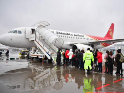 深圳航空一架客机飞行高度骤降近6000米 现已安全返航