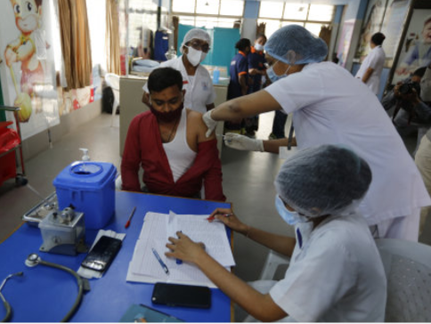 7个月内为3亿人注射?印度疫苗接种计划充满挑战