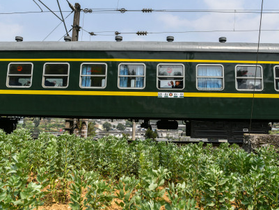 全國鐵路清明小長假發送旅客近5000萬人次